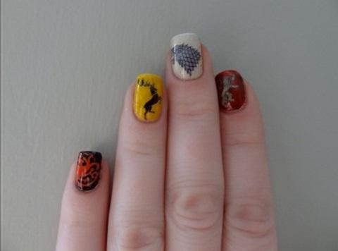 Be-creative-with-your-nail-polish-designs