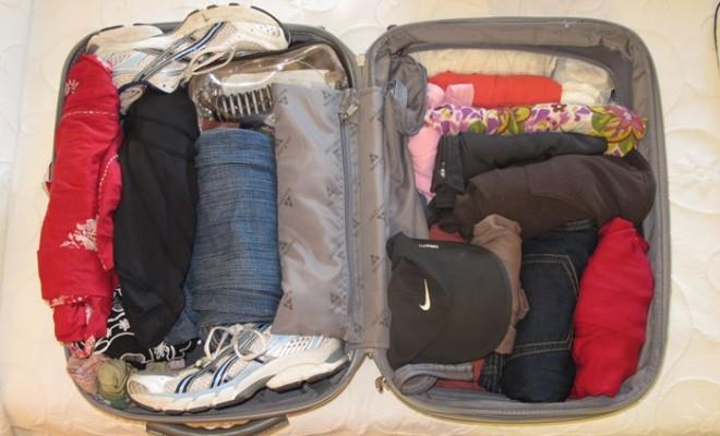 What-to-Pack-While-Traveling-660x400