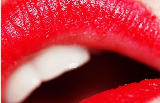 red-lipstick-623x400