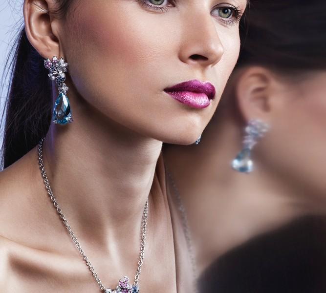 Beautiful woman wearing jewlery