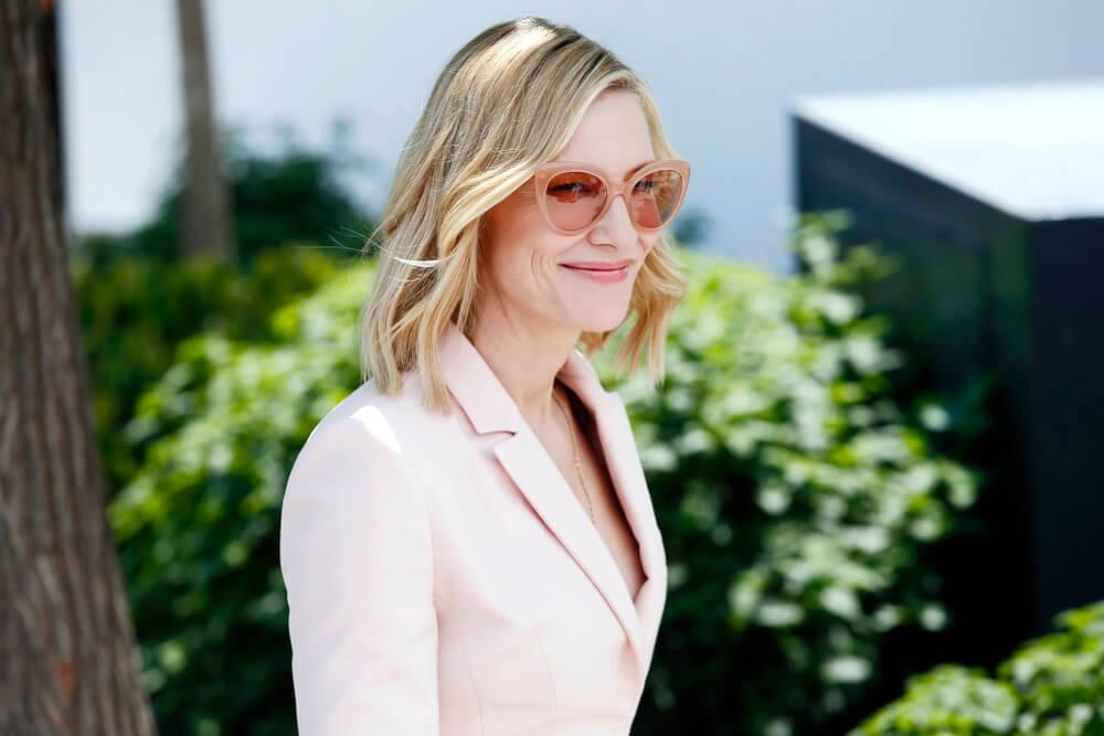 CANNES, FRANCE - MAY 08: Cate Blanchett attends the Jury photo-call during the 71st Cannes Film Festival on May 8, 2018 in Cannes, France.
