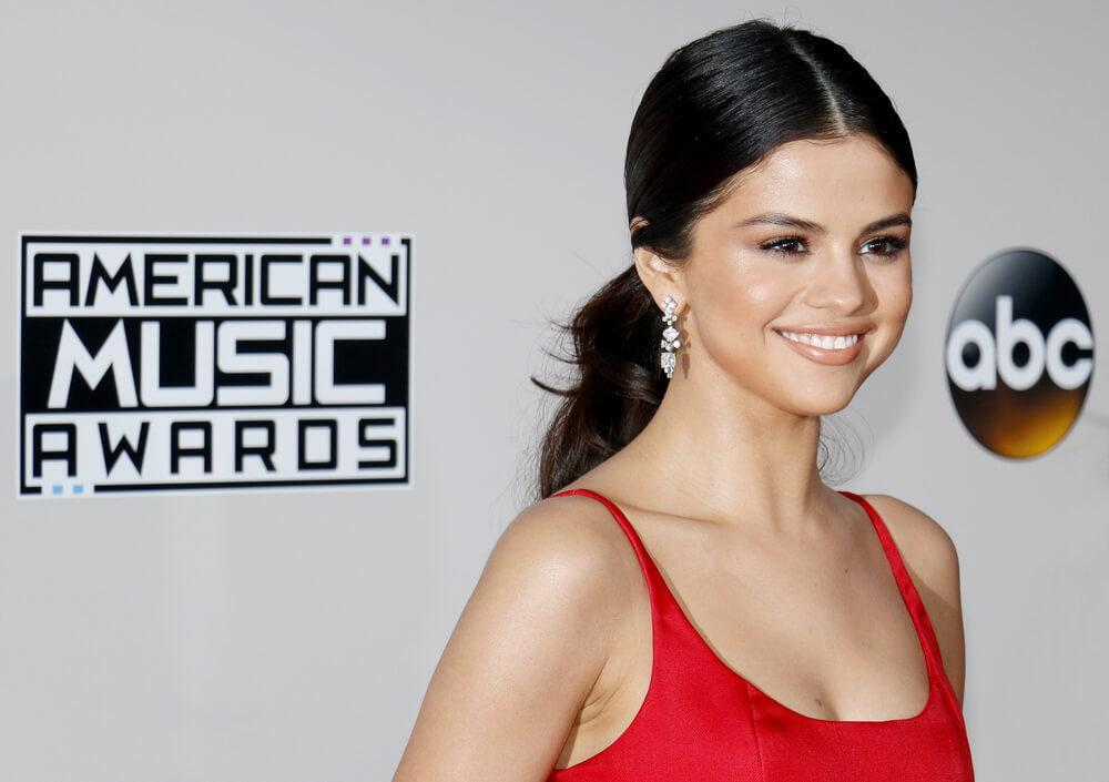 Selena Gomez at the 2016 American Music Awards held at the Microsoft Theater in Los Angeles, USA